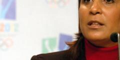 """نوال المتوكل """" أول وزيرة للرياضة في العالم العربي"""