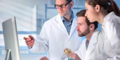 إسهامات الكيميائيين في تعرف خصائص الأحماض والقواعد